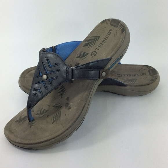 de9224de7aa1 Merrell Women s Adhera Thong Sandal. M 5b3a6b63c9bf50c10338aaa2